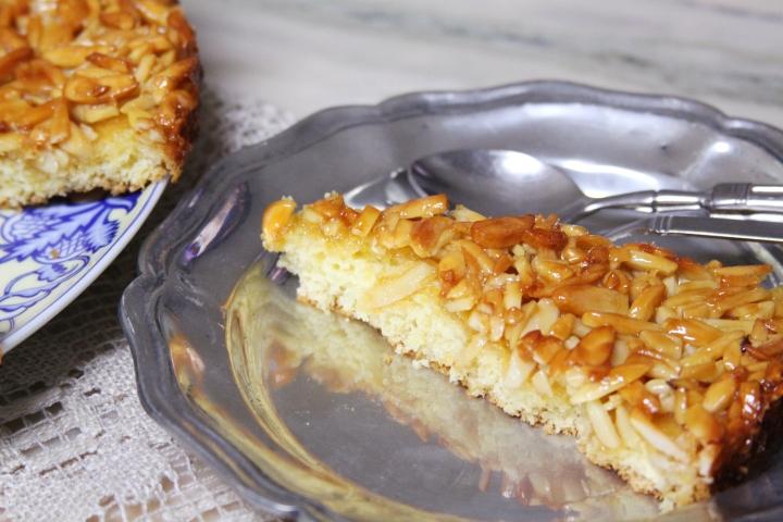 slice tart caramel