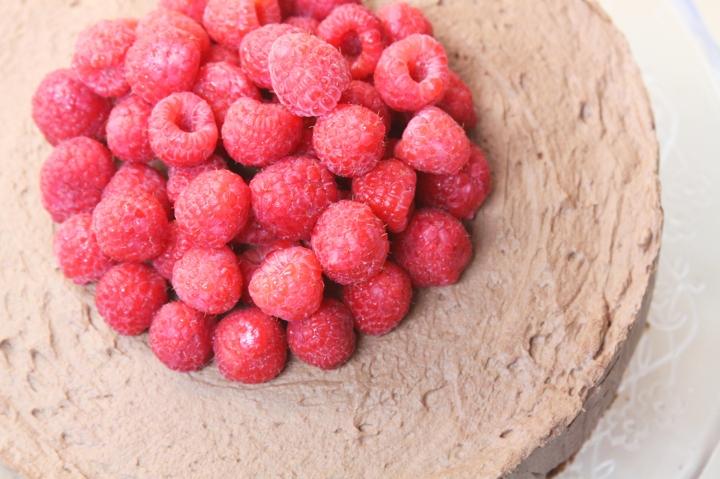4-raspberries-chocolate-cake