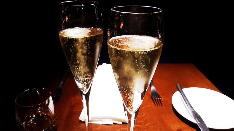 champagne tenra.jpg