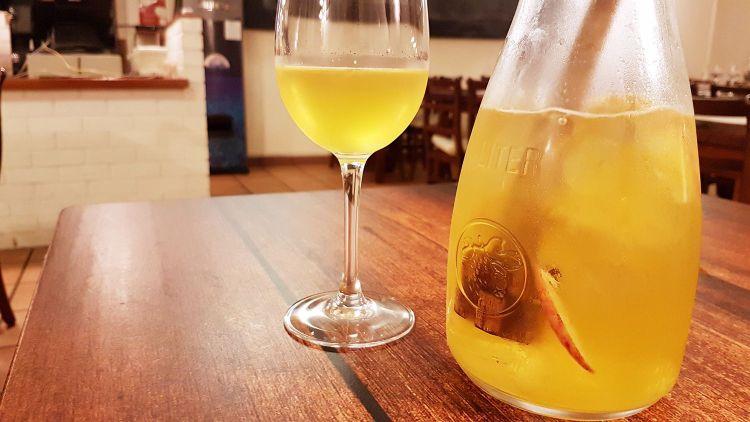 sangria de vinho branco