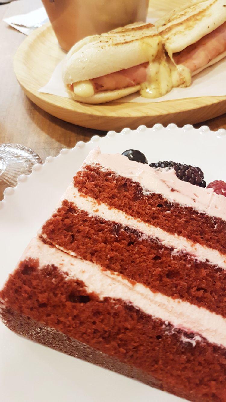 berry cake carlotta porto queijo.jpg